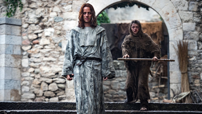 game-of-thrones-s6e2-jaqen-and-arya-e1462187402940