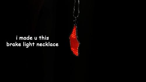 brake-light-neckalce-twd