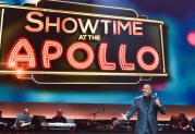 SHOWTIME AT THE APOLLO: Steve Harvey hosts SHOWTIME AT THE APOLLO airing Monday, Dec. 5 (8:00-10:00 PM ET/PT) on FOX. CR: Anthony Behar/Fox