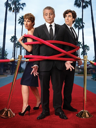 Tamsin Greig as Beverly Lincoln, Matt LeBlanc as Matt LeBlanc and Stephen Mangan as Sean Lincoln in Episodes Photo Credit: Jim Fiscus/SHOWTIME - Photo ID: velvet rope_4C_300_PALM_TREES