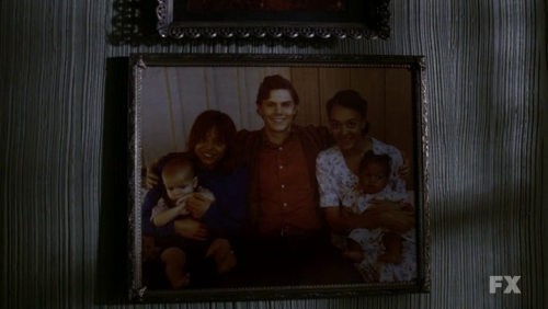 kit family ahs american horror story.png