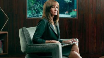 homecoming amazon julia roberts