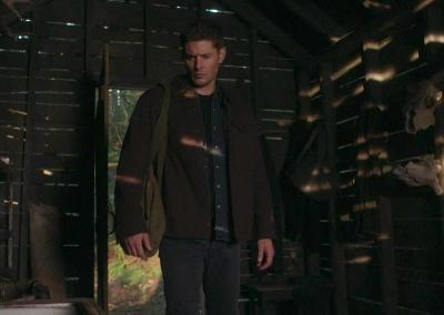 SPN_S14 Dean in the Shed