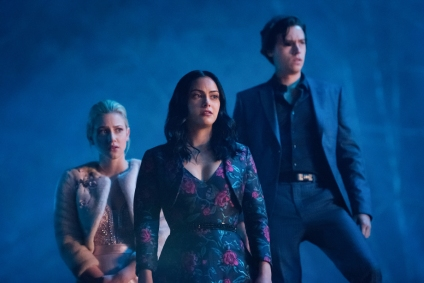"Riverdale -- ""Chapter Fifty-Seven: Survive the Night"" -- Image Number: RVD322a_0278.jpg -- Pictured (L-R): Lili Reinhart as Betty, Camila Mendes as Veronica and Cole Sprouse as Jughead -- Photo: Dean Buscher/The CW -- © 2019 The CW Network, LLC. All rights reserved."